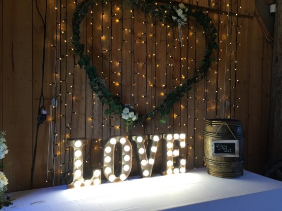 LOVE letter light hire