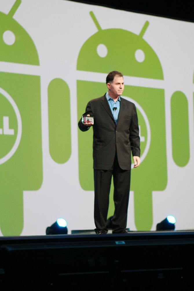 English: Michael Dell speaking at Oracle OpenW...