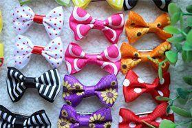 20pcs/pack New Dog Hair Clips Dog Bows Topknot Pet Grooming Products Mix Colors Varies Patterns Pet Hair Bows Dog Accessories