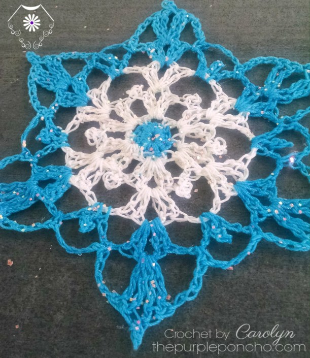 turquoise-and-white-snowflake-crochet-pattern-by-the-purple-poncho