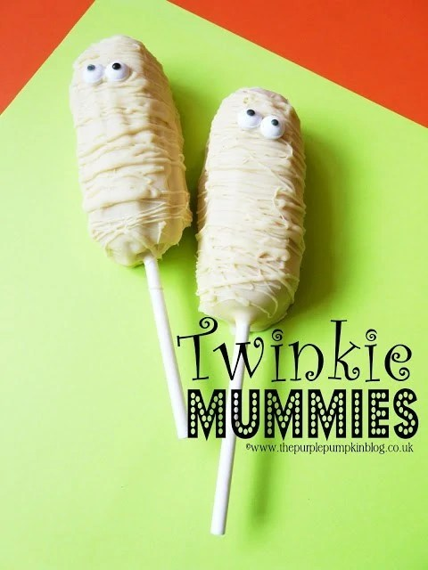 twinkie-mummies-on-sticks-halloween1