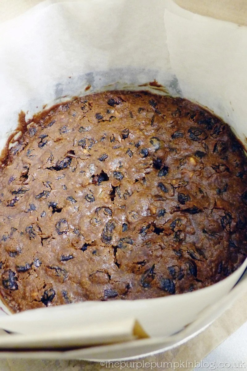 How To Make A Christmas Fruit Cake Cool in Tin