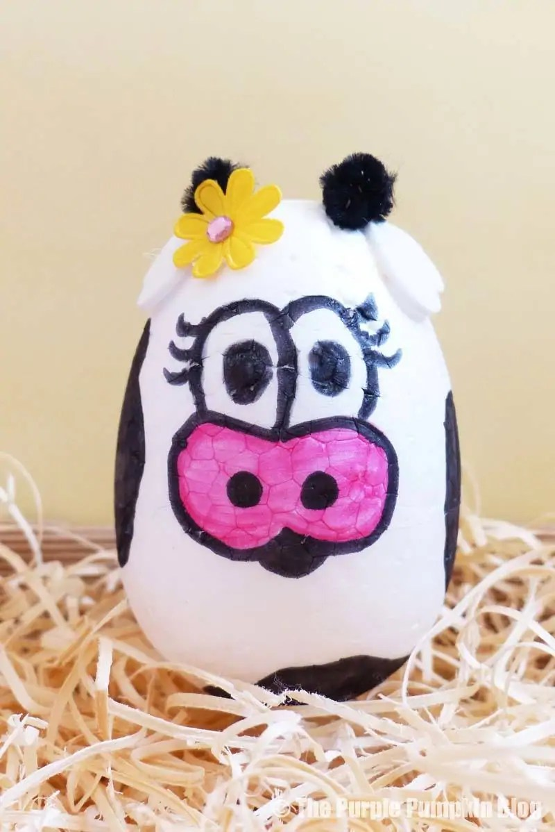 Make this fun Easter Egg Animals Craft (cow) using foam eggs, markers and other craft embellishments. An awesome Easter activity for kids! #EasterEggAnimals #EasterCrafts #KidsCrafts #ThePurplePumpkinBlog