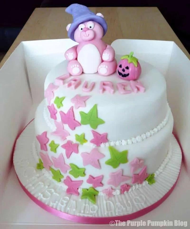 Cute Halloween Cake