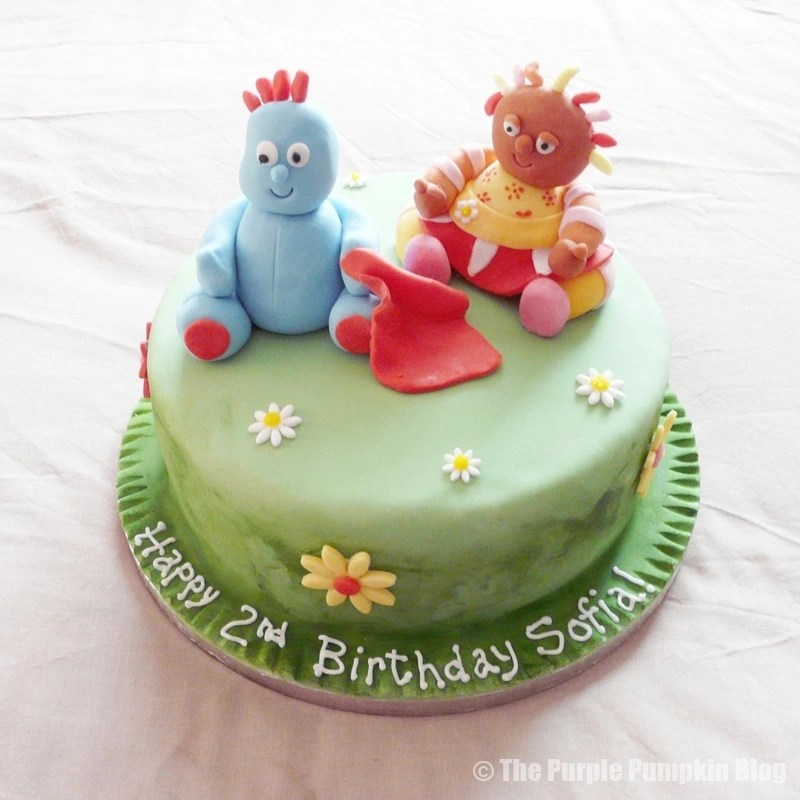 12 Themed Birthday Cakes 187 The Purple Pumpkin Blog