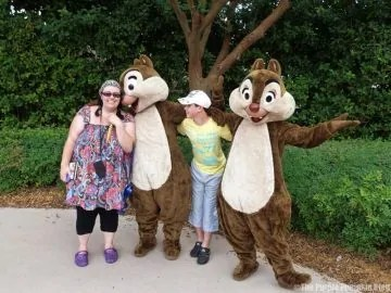 Meeting Chip n Dale at Walt Disney World