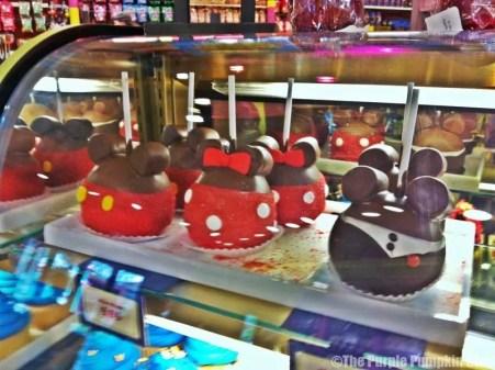 Disney Snacks - Mickey & Minnie Candy Apples