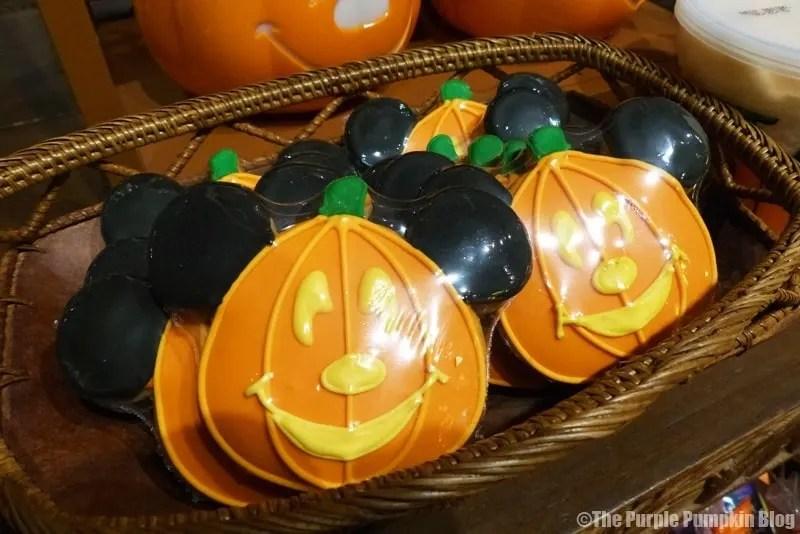 Disney Snacks - Mickey Pumpkin Cookies