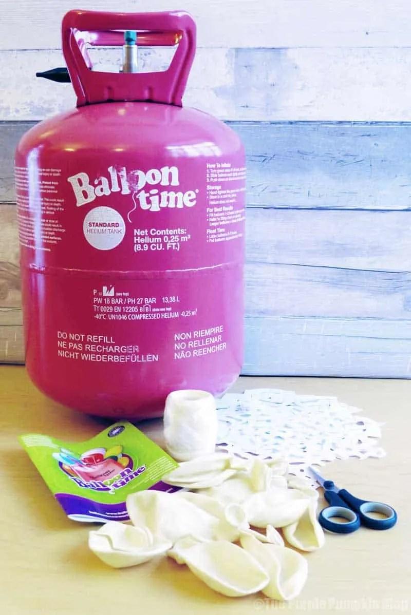 Snowflakes Balloon Display with Balloon Time