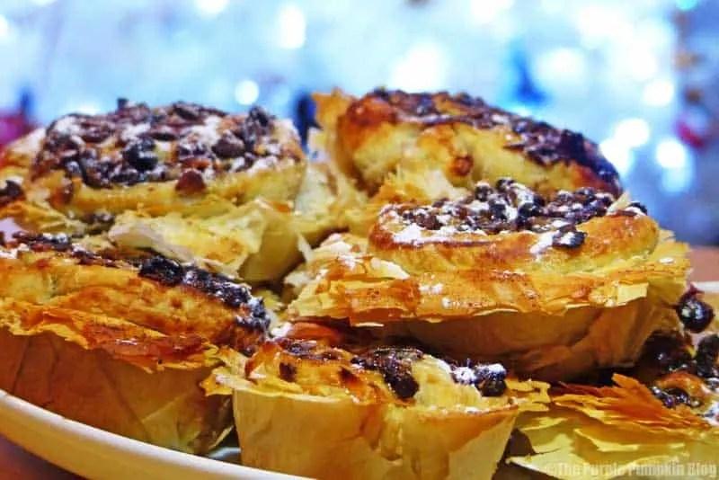 Mince Pie Pinwheels in Filo Pastry Cups
