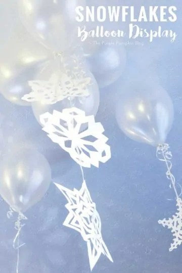 Snowflakes Balloon Display