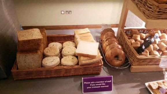 breakfast-at-premier-inn-gatwick-north-3