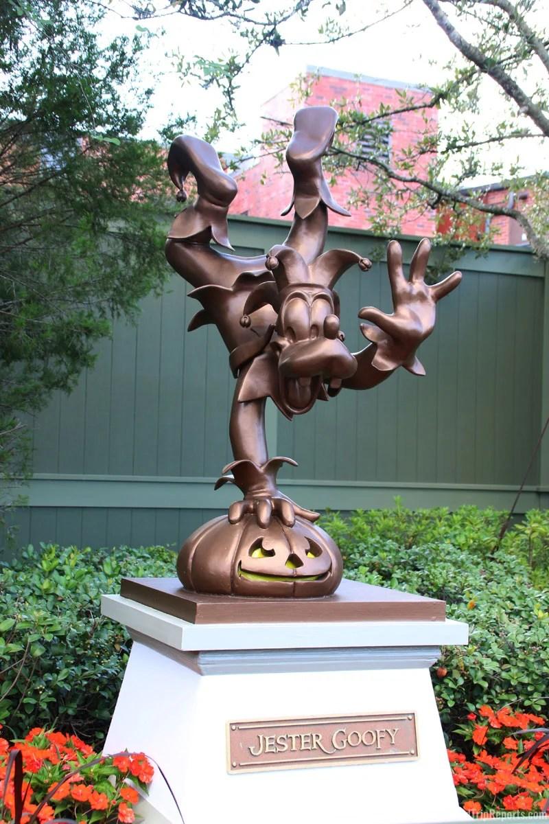 Goofy Statue - Mickey's Not-So-Scary Halloween Party