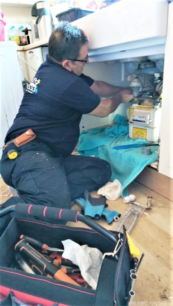 Plumber - Fantastic Services