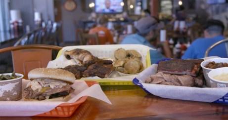 Roadfood_Fexy_Colorado_Denver_SMOKIN-YARDS-BBQ-DENVER