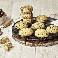 Black Hojiblanca Olive Biscuits Recipe