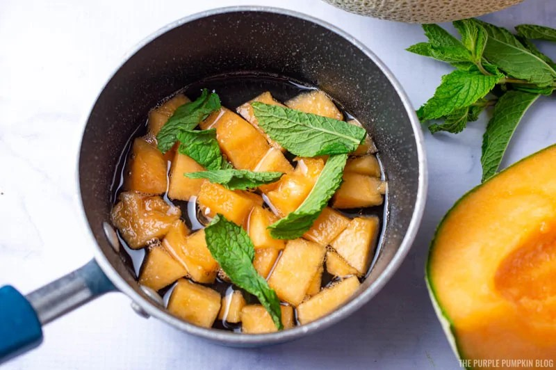 Sugar Syrup with melon and mint