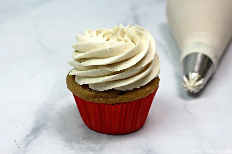 Frosted apple pie cupcake