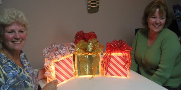 "Christmas ""Gift"" Glass Blocks"