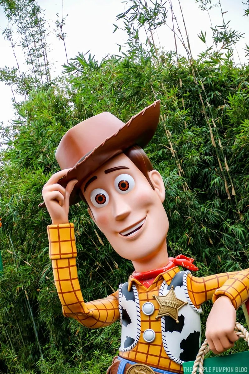 Woody - Toy Story Land Entrance