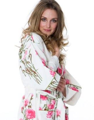 Roses Kimono