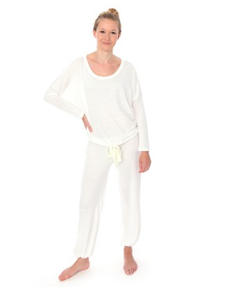Cloudy White Slouchy Tee & Pants Set