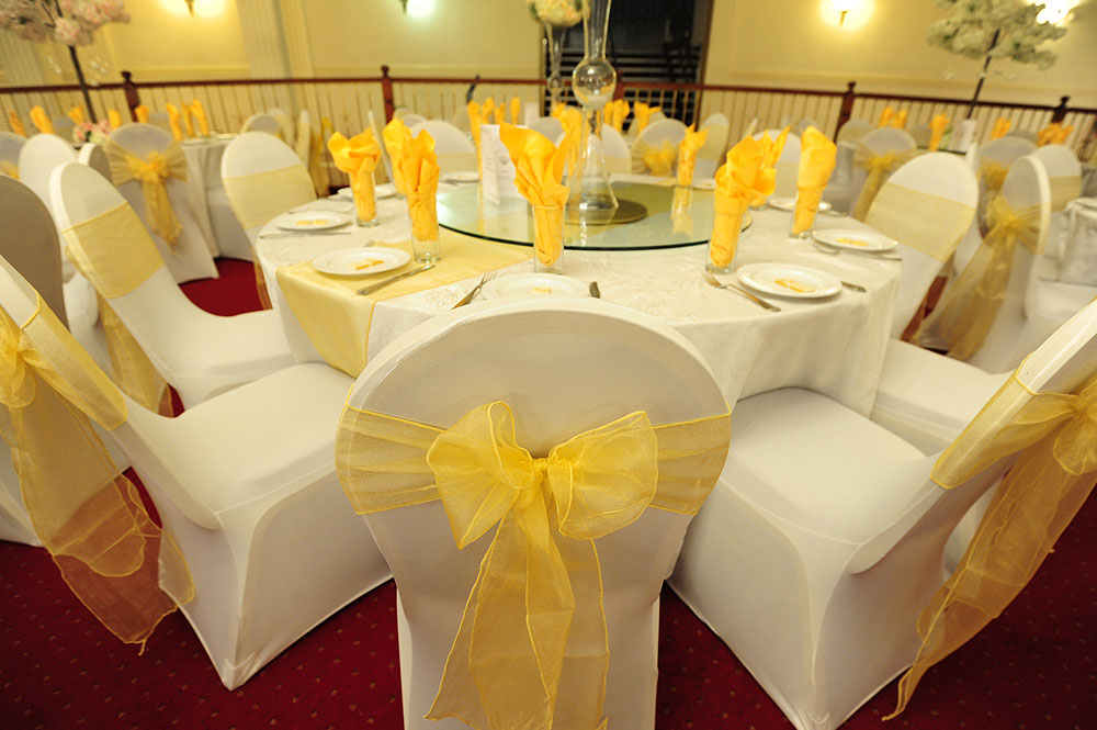 chair cover rental london office race linen hire wedding tablecloth uk the raaj covers