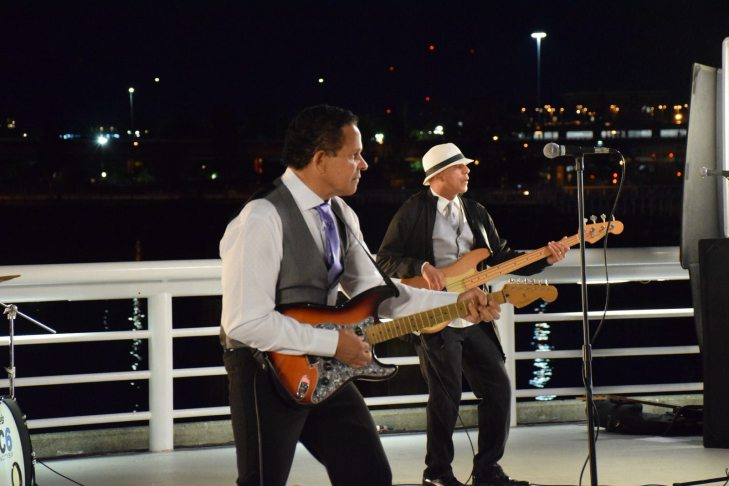 The Rain City 6 Band - Vancouver Dance Band, Wedding Band, Corporate Event Band, Party Band, Cover Band - Starlight Casino