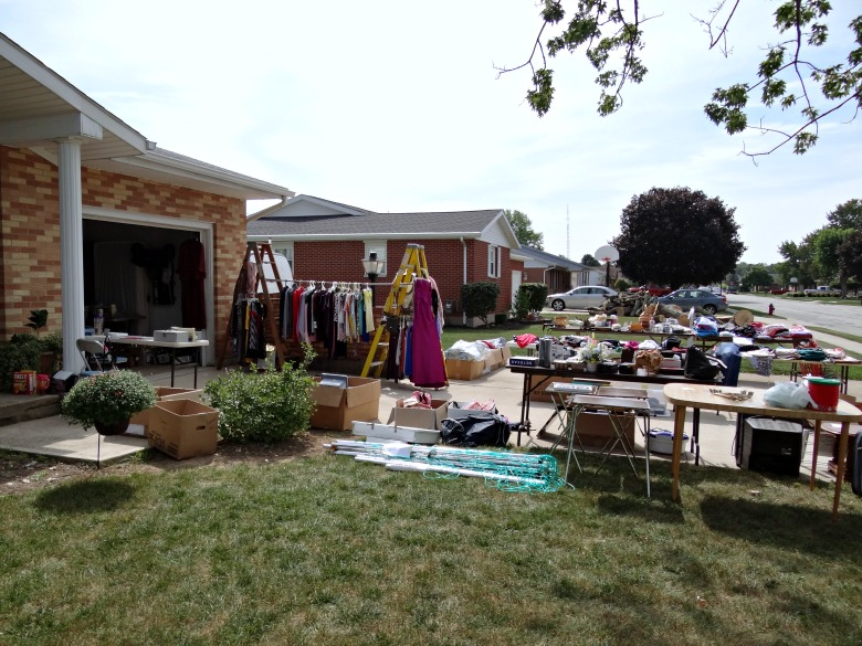 8 Tips for Having A Successful Garage Sale