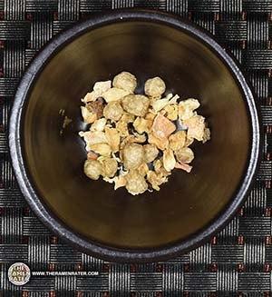 "#2718: Banzai Instant Noodles ""Tom Yam Kung"" Shrimp Flavour Vietnam snackoo snackoo.com www.snackoo.com"