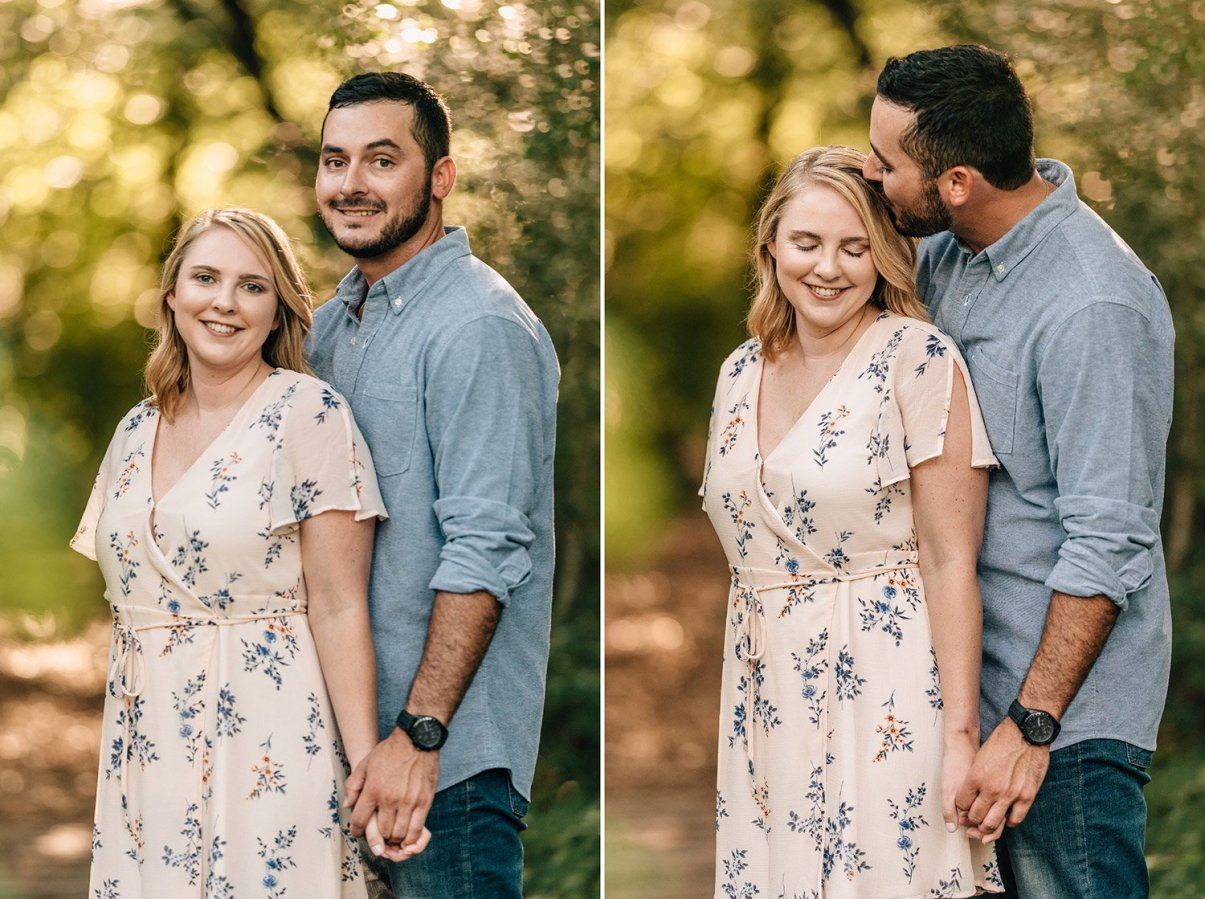 couple kissing in the houston arboretum