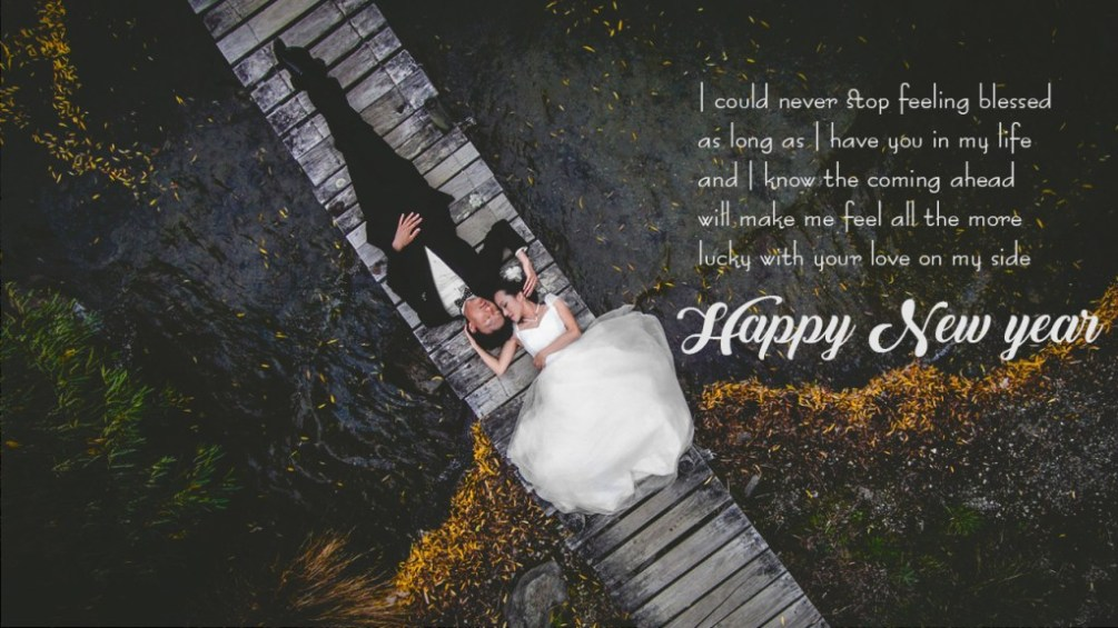 100 Romantic Happy New Year Messages for Girlfriend {Images}