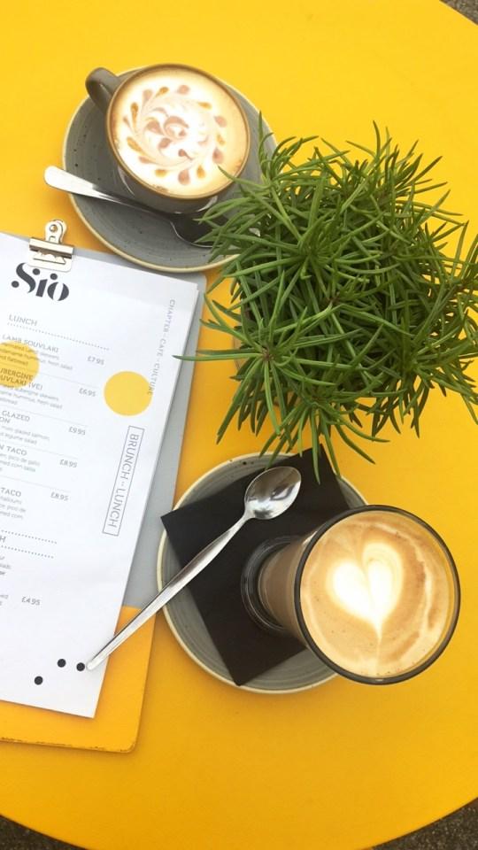 Coffee at Caffi Sio, Cardiff Bay