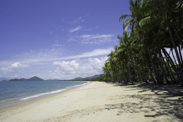 Palm Cove Beach, Cairns