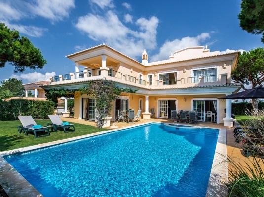 Villa Lyla