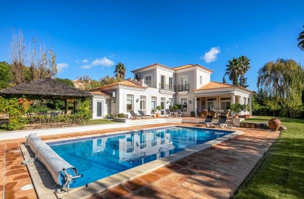 Villa Adair