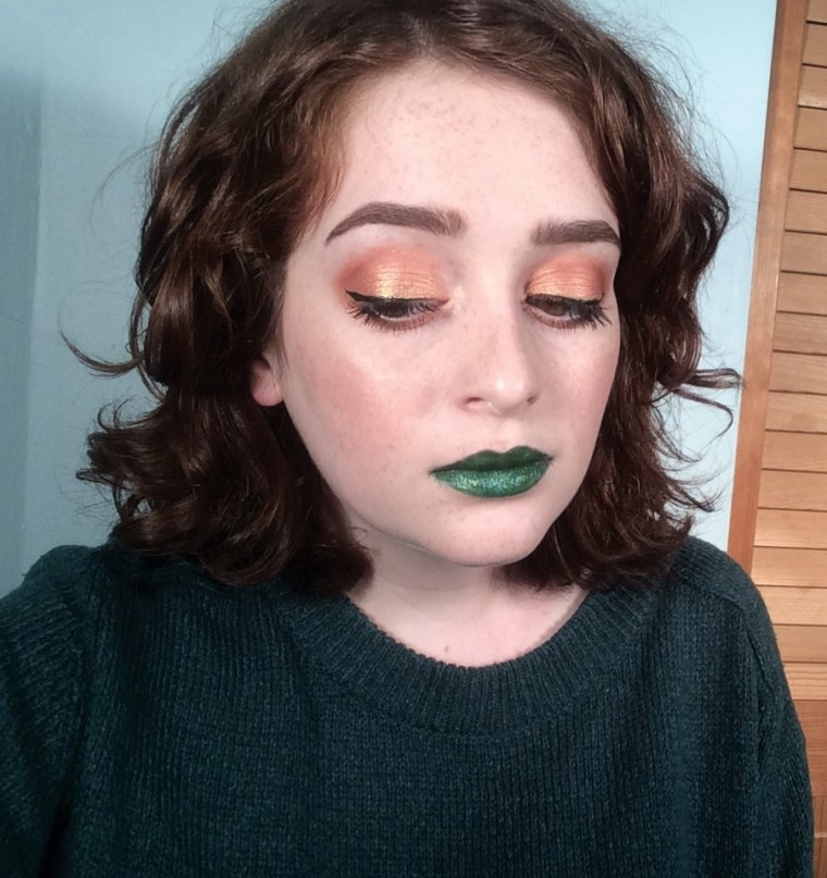 Peachy Green #FOTD Feat. ColourPop Bunny | The Rebel Planner