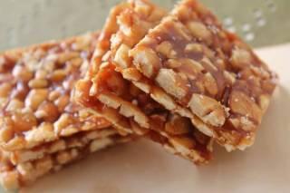 How to Make Peanut Chikki