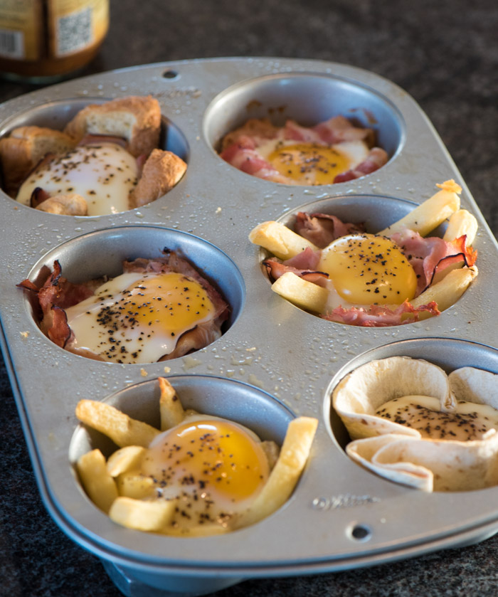 Breakfast egg muffins are the ideal, protein-packed breakfast that can be made ahead and quickly reheated on busy mornings. These are also a fantastic idea for special holiday morning breakfasts! | www.therecipewench.com