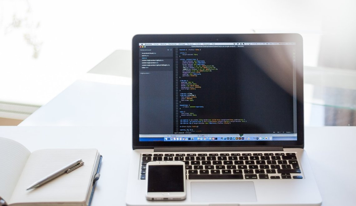 How to Become a Web Developer | The Remote Lifestyle | Background Image