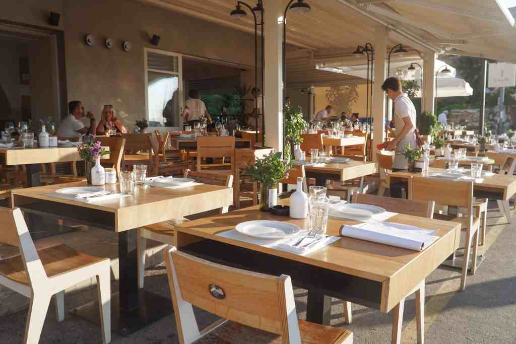Dining at Salis in Chania Crete | The Republic of Rose