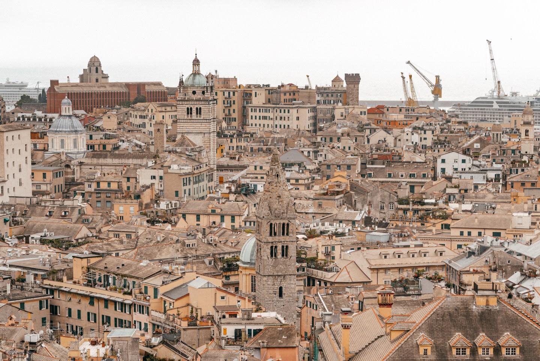 Genova vista sulla città da Spianata Castelletto