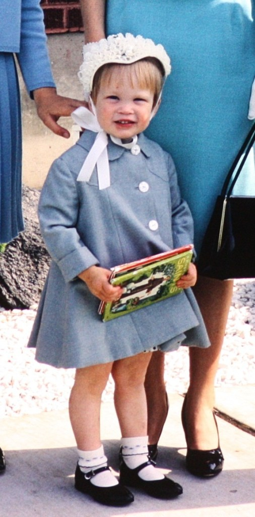 R in little blue coat (cropped)