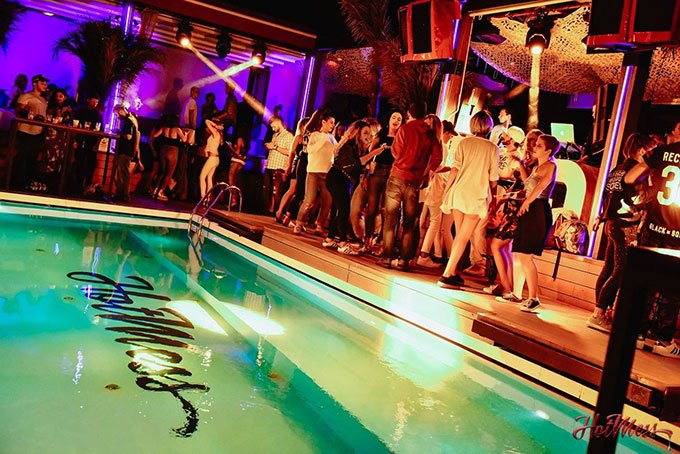 Poolside party at Hot Mess splav: Things to do in Belgrade