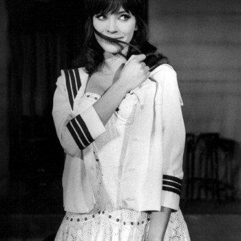 Have you heard of Anna Karina, one of France's New Wave icons? I saw her photo in a blog post, and immediately wanted to know more about her style!