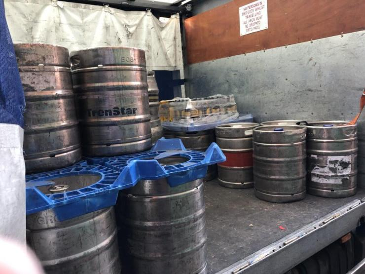 Kuehne + Nagle real ale deliveries to The Retreat pub in Reading