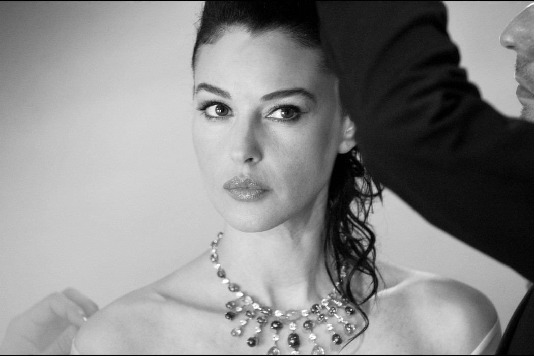 Monica Bellucci  The Review Magazine Life Style