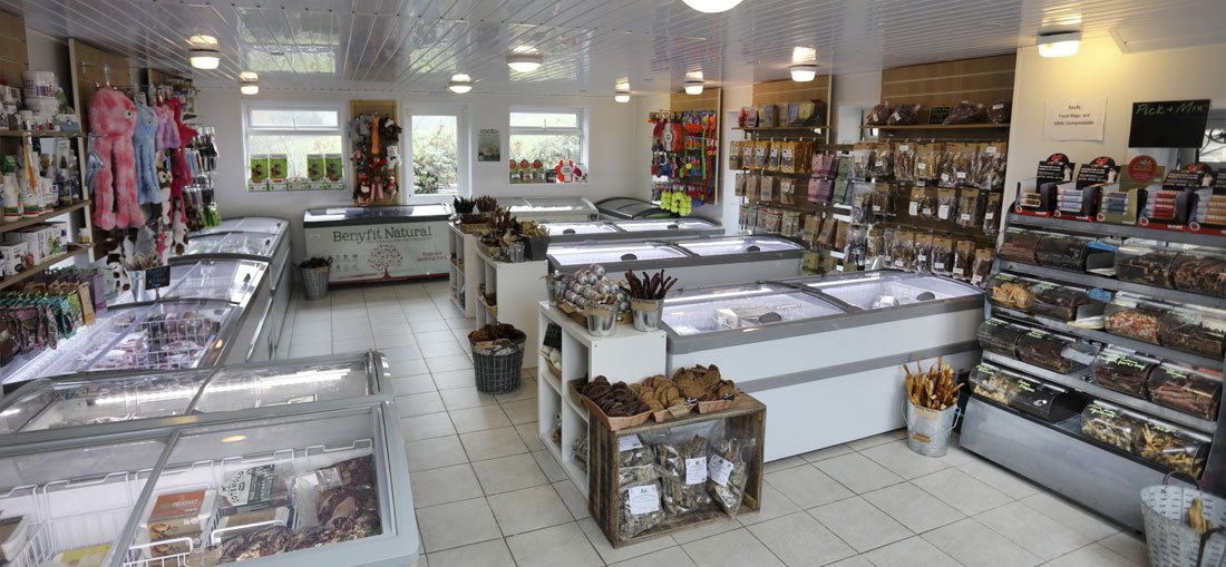 shop-interior-main-1100