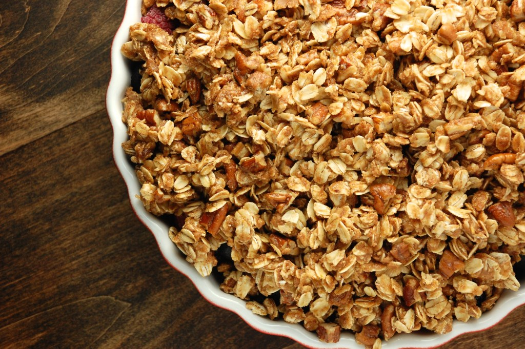 Simple Berry Crumble | Whole grains, no refined sugar, and lots of warm flavors to warm up your winter! | The Ringers
