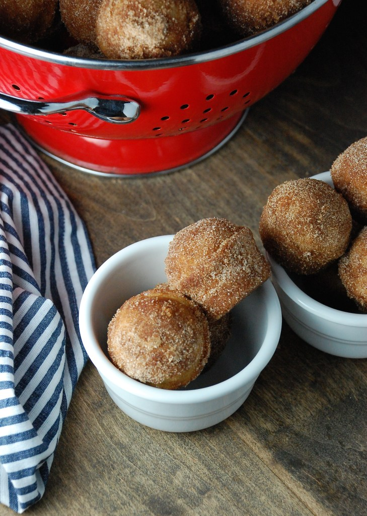 Baked Apple Cider Doughnut Holes | theringers.co